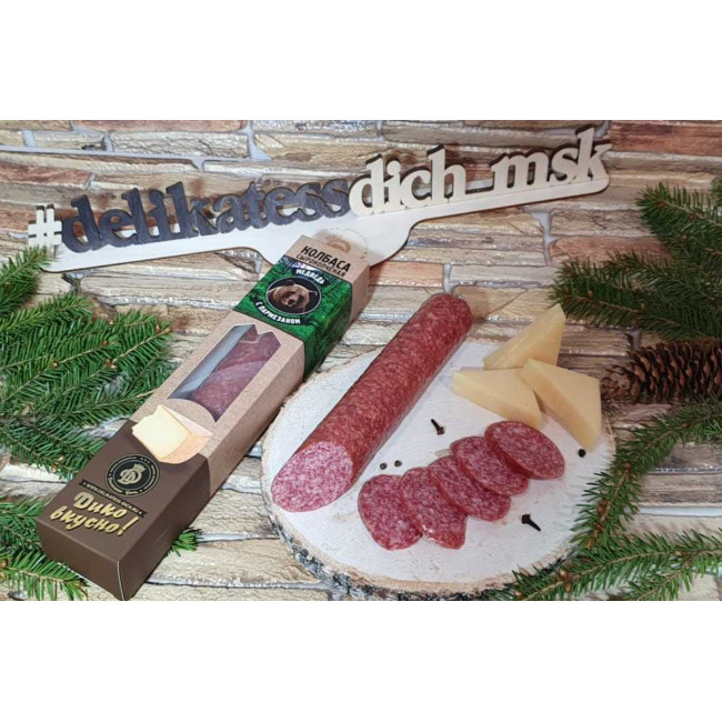 Колбаса Деликатес дичь из мяса Медведя с пармезаном в подарочной упаковке, 230 гр